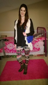 Day7: printed leggings, ankle boots, loose-fitting zip-up and lace vest